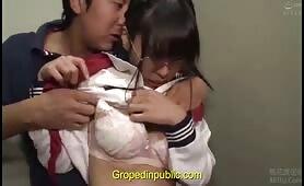 Chikan gropping schoolgirl